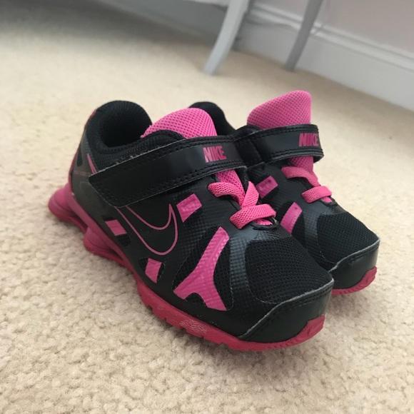 a3e826d2117 ... Toddler Girls 6C Sneakers. M 5b7ce99342aa7637f34e4666